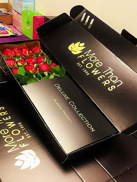 luxurious box roses