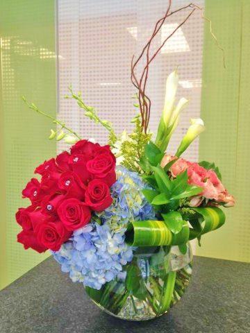 havaianas fish bowl flower bouquet