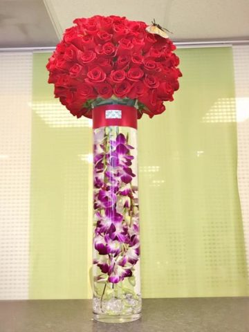 Rose Planet Tower Flower Bouquet