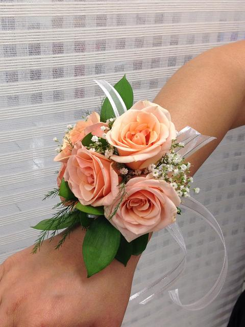 Corsages, Boutonnieres and Prom Flowers