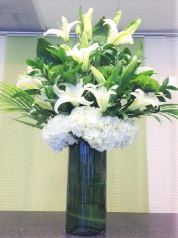 Lilies Arrangement Flower Bouquet