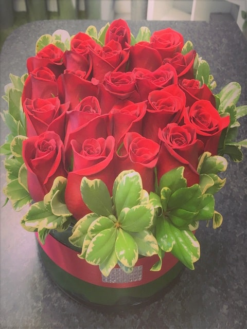 Bed Of Roses Arrangement Flower Bouquet Miami Delivery