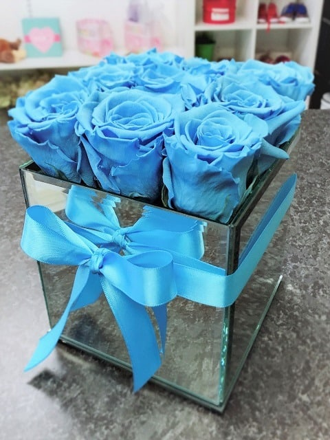 Light Blue Preserved Roses