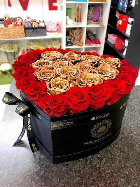 heart box eternity roses