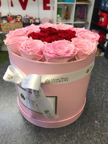round box eternity roses