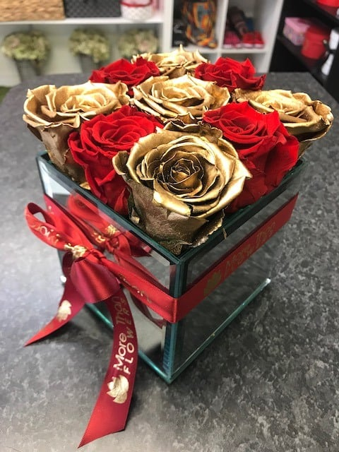 Gold Red Infinity Roses